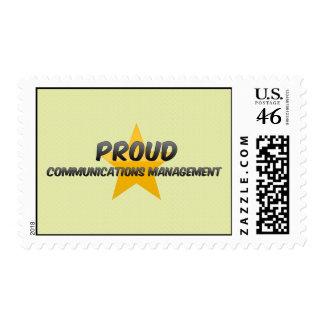 Gestión de comunicaciones orgullosa sello