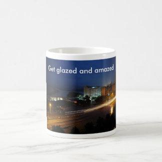 Get esmaltó y sorprendió la taza