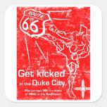 Get golpeó adentro la ciudad del duque con el pie pegatina cuadrada