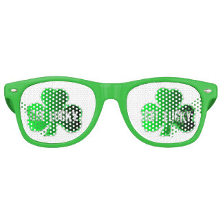 Get Lucky St Patrick Retro Party Glasses