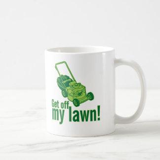 getoffmylawn.ai taza de café