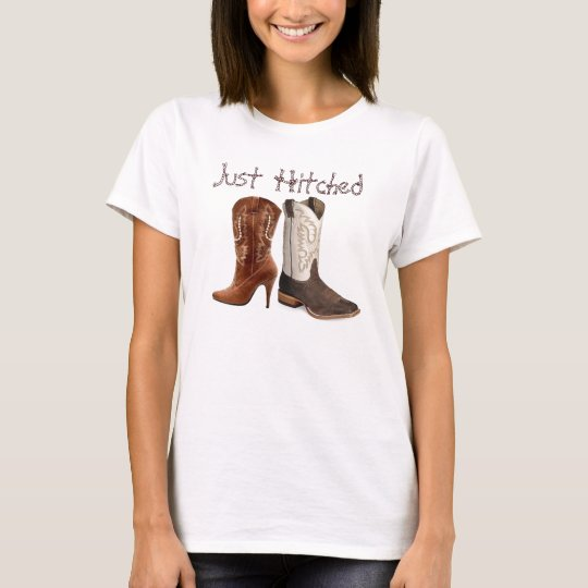 getting hitched western cowboy boots wedding T-Shirt