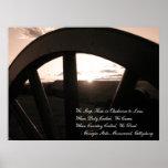 Gettysburg: Canon y puesta del sol con el monument Poster