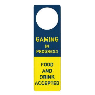 GG en curso del juego - videojuego - Colgadores Para Puertas