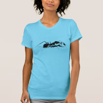 giant ant T-Shirt