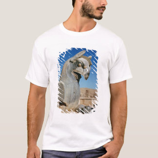 Giant griffin, Persian, c.516-465 BC T-Shirt