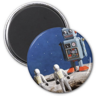 Giant Robot on the Moon Magnet
