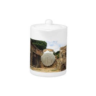 Giant scallop shell, El Camino