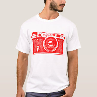 Giant Soviet Russian Camera - Red T-Shirt