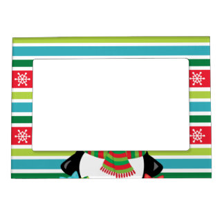 Gift Penguin on striped snowflake background Magnetic Picture Frame