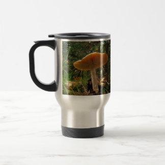 Gigante de la seta taza de café