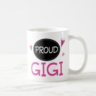 Gigi orgulloso taza básica blanca