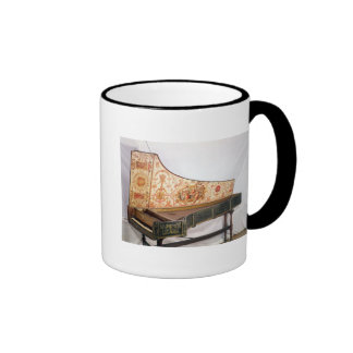Gilded and painted harpsichord mug