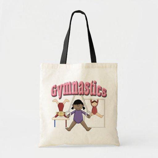 Gimnasia de los chicas bolsas