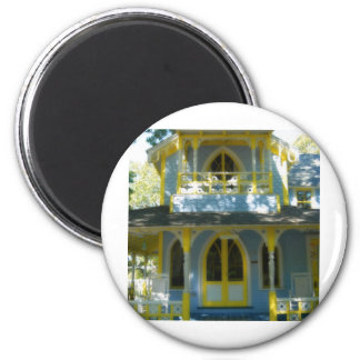 Gingerbread house 31 2 inch round magnet