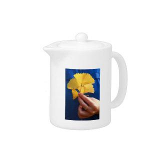 Ginkgo biloba leaves teapot