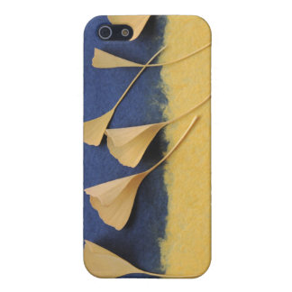ginkgo leaves on handmade paper iphone4 case