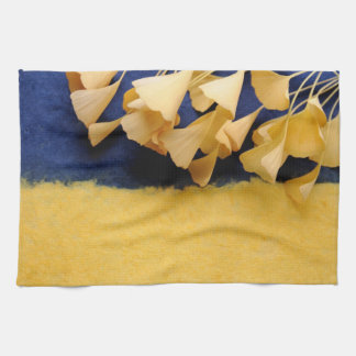 Ginkgo leaves on texture towel