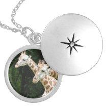 giraffe-120.jpg silver plated necklace