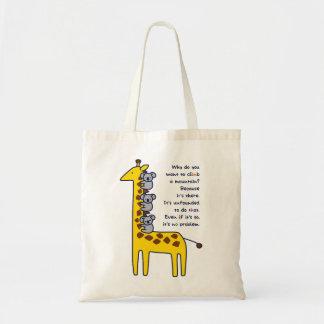 < Giraffe and adhering koala (for light-colored Tote Bag