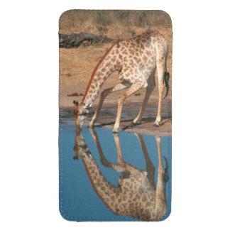 Giraffe (Giraffa Camelopardalis) Drinking Galaxy S4 Pouch