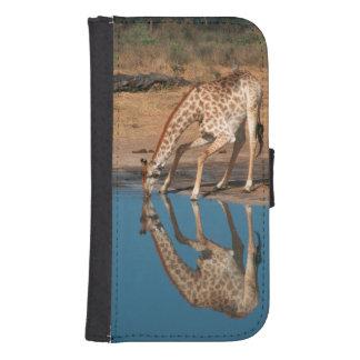 Giraffe (Giraffa Camelopardalis) Drinking Galaxy S4 Wallet Case