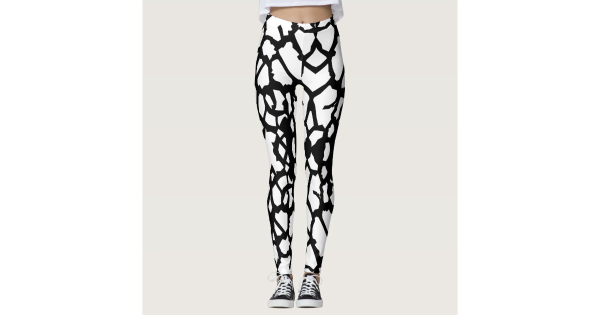 ee3256f776854 Giraffe Pattern Black White Leggings a-1 | Zazzle.com