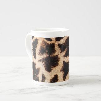 Giraffe pattern tea cup