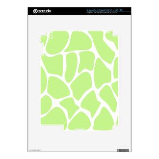 Giraffe Print Pattern in Light Lime Green. iPad 3 Skins