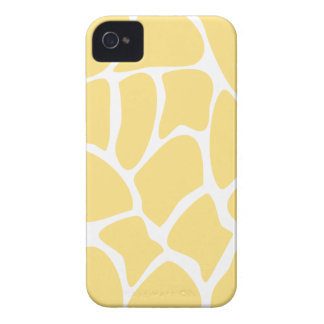 Giraffe Print Pattern in Yellow. Case-Mate iPhone 4 Cases