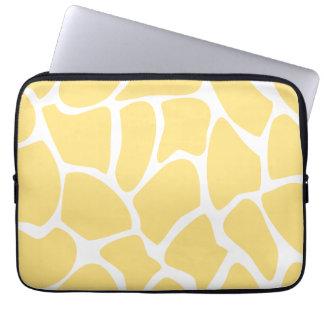 Giraffe Print Pattern in Yellow. Computer Sleeve