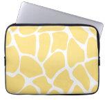 Giraffe Print Pattern in Yellow. Laptop Computer Sleeve