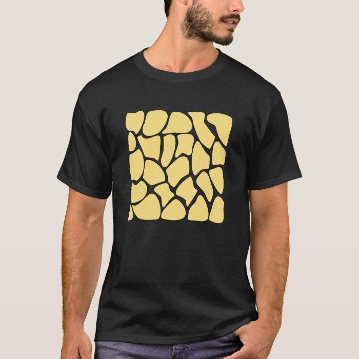 Giraffe Print Pattern in Yellow. T-Shirt