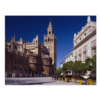 Giralda bell tower and cathedral, Madrid, Spain Postcard