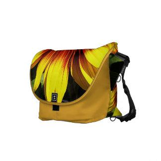 Girasol a través de la bolsa de mensajero de la ce bolsas de mensajería