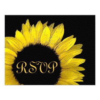 Girasol amarillo RSVP que casa la tarjeta de la re