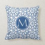 Girasol azul clásico del monograma elegante cojines