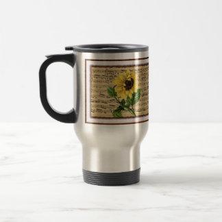 Girasol bonito en partitura del vintage taza de viaje