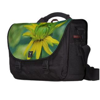 Girasol falso de florecimiento bolsas para portátil