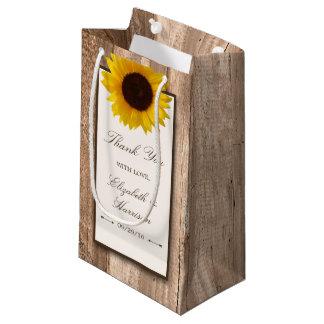 Girasol rústico del país y boda de madera de Brown Bolsa De Regalo Pequeña
