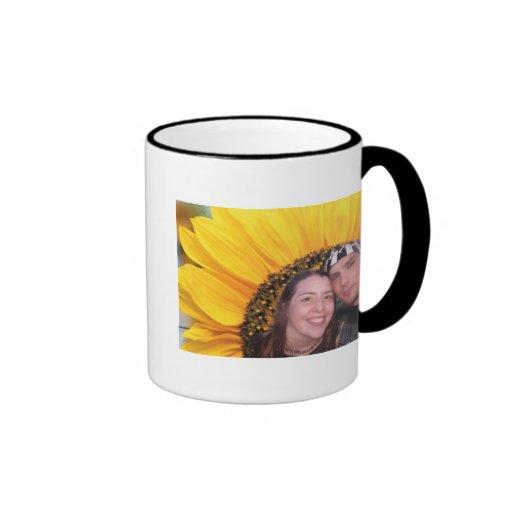 girasol yo y dan taza de café
