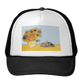 Girasoles - dos gatitos del Tabby Gorro De Camionero