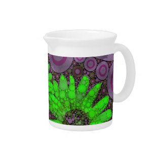 Girasoles fluorescentes de la lavanda hermosa jarra para bebida