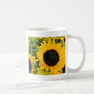 Girasoles pintados amarillo taza clásica