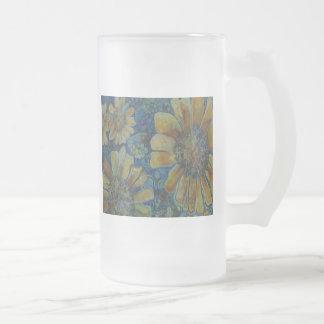 Girasoles pintados, con los polk-uno-puntos taza de cristal
