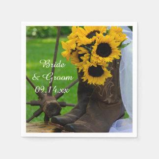 Girasoles rústicos y boda del país de las botas de servilleta de papel