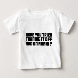 Gírelo apagado y otra vez t shirts