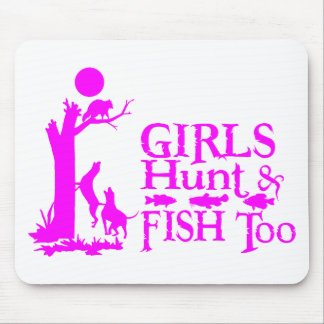 GIRL COON HUNTING MOUSE PAD