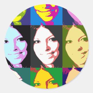 girl-popart round sticker