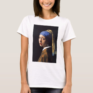 Girl with a pearl earring. By Johannes Vermeer T-Shirt